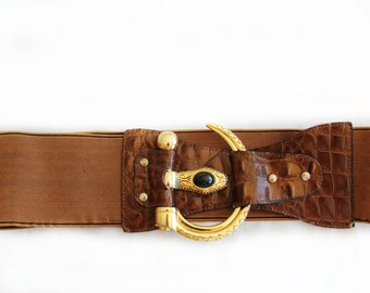 Snake Eyes, Vintage, 1970s Brown Leather Waist Belt with Gold Snake Buckle from Paris