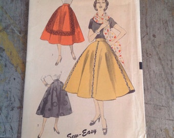 Vintage Sewing Pattern Advance 6247 Misses' Size 26 Waist Skirt