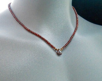 Garnet Necklace, Red Garnet Necklace, Faceted Gemstone Beads, Briolette, Gold Beads, Red Jewelry, Gothic Necklace, Gold Bead Necklace