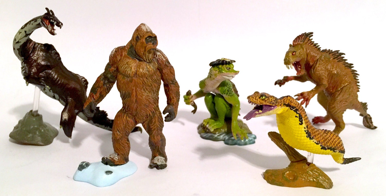 Uma Cryptids By Kaiyodo Complete Set Of Five