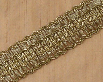 Indian Trim - Gold And Copper Trim - 5.25 yards 1.25 inch wide lace150A