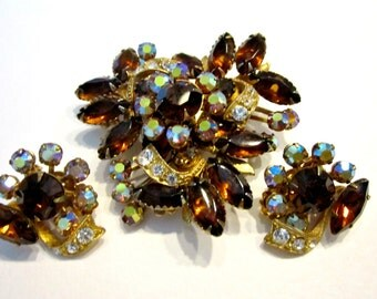 Vintage Amber Brown Jewelry Set Rhinestone Large Brooch Gold Brown Clip Earrings Gift for Her Gift for Mom Gift Idea Under 50