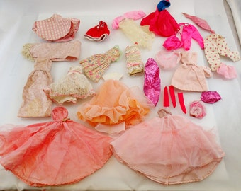 Pink Barbie Clothes Lot 20+ pieces swimsuit Dresses Pants Vintage Mod Doll Mattel Accessories