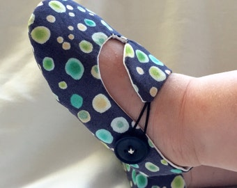 Blue and Green Dots Baby Shoes, Soft Sole Baby Shoes, Modern Baby Booties, Toddler Slippers