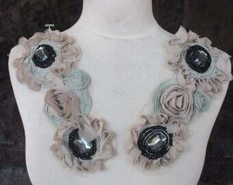 Cute embroiderd  chiffon  flower    applique   2  pieces listing