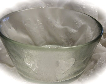 Vintage Frosted Glass Serving Bowl with Hearts / Dessert Bowl Side Dish Bowl / Valentine Gift for Her