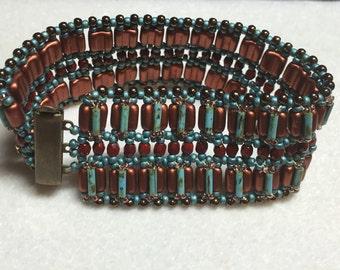PATTERN Tutorial cuff Groovy Tile beads bugles