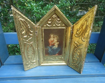 Beautiful Vintage Gold Leaf Italian Florentine Triptych