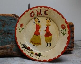 Vintage Antique Primitive Wood Painted Pictorial Primitive Decorative Hanging Plate