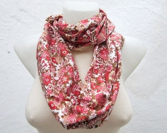 Flower Print Loop Scarf, infinity  Scarves, Cotton Accessories, Circle, Women Neckwarmer,Floral Fabric Necklace, White Pink Green