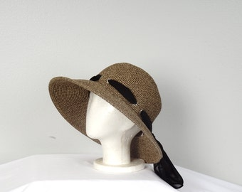 Natural Straw and Black Wide Brim Hat 90s Vintage Boater Summer Sun Hat with Scarf Women Medium Crushable