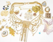 Vintage junk jewelry lot destash for artistic creations wear repair repurpose reuse assemblage