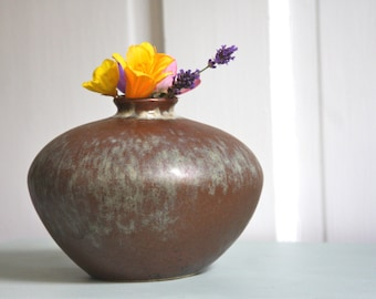 Turquoise and brown pottery