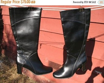 DEADSTOCK 90s VEGAN Leather Naturalizer Hipster HighFashion Cowfree Black Boots  Mint Never Worn Size 8M