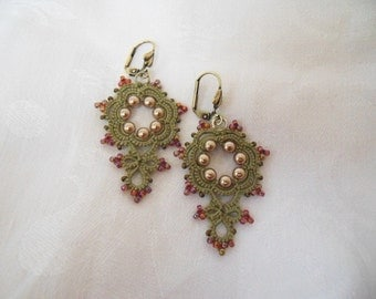 Mimosa - Lace Earrings (Olive)