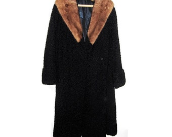 Persian Lamb Full Length Coat with Mink Collar. Vintage 1950s. Large