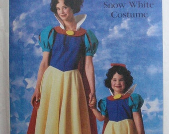 Girl's Snow White Costume Pattern - Simplicity 7735 - Size 10-12, Breast 28 1/2 - 30, Uncut