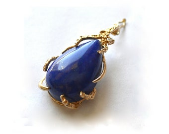 Lapis Lazuli 14K Gold and Diamond Chip Pendant Vintage 1980s