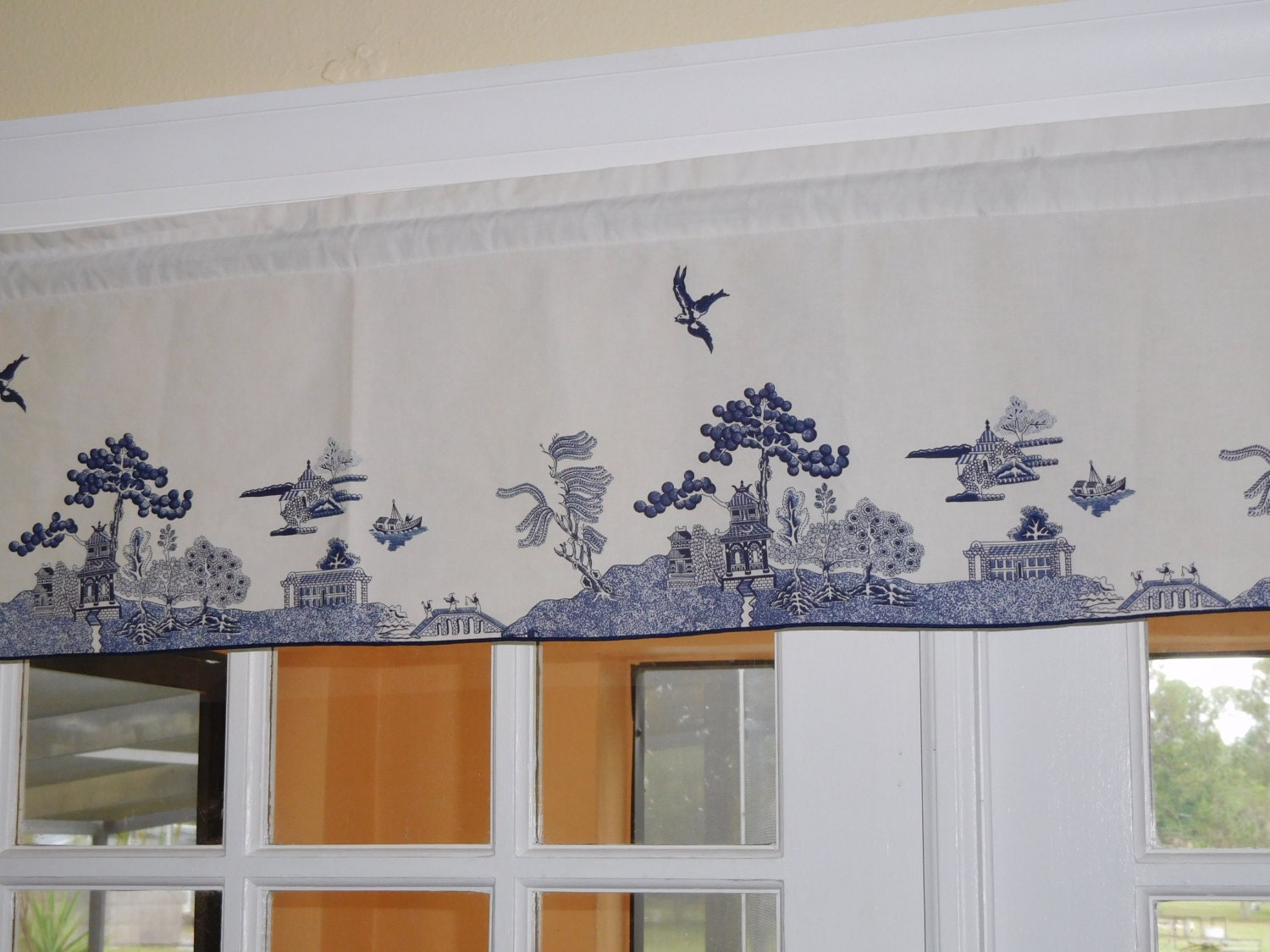 Free Shipping Blue Willow Design Valance 50 Inches Wide