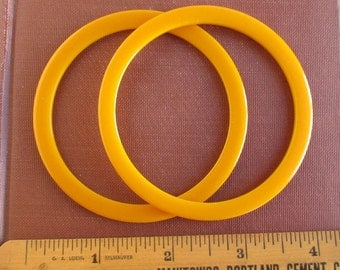 2 Butterscotch Bakelite Bangle Bracelets - Vintage, Matching Pair