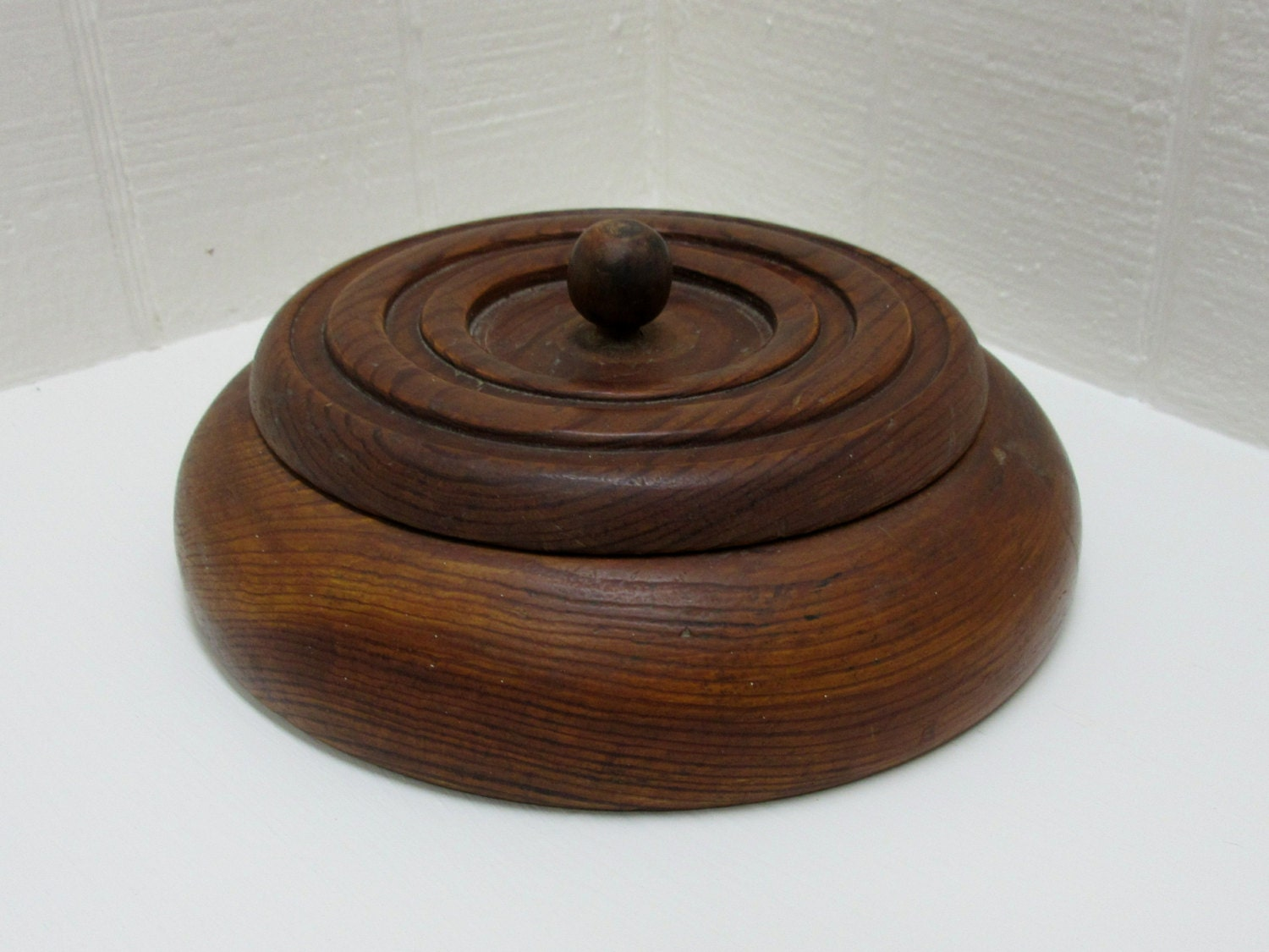 Vintage notion box wooden sewing box round wooden box for Circular wooden box