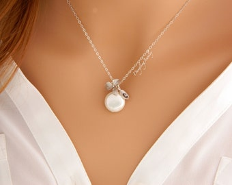 Personalized Coin Pearl Necklace, Initial Necklace, Bridesmaid Gift, June Birthstone Necklace, Personalized Mother Necklace, Matron of Honor