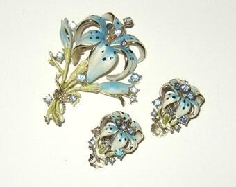 Vintage Book Piece Lily Flower Rhinestone Enamel Brooch & Earrings