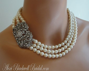Complete Bridal Jewelry Set Pearl Necklace with brooch Bracelet Earrings Art Deco Rhinestone 3 strands Swarovski pearls white or cream ivory