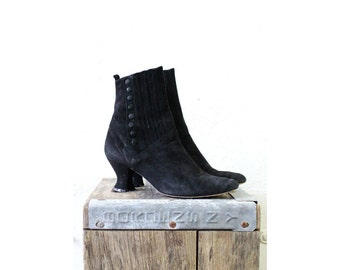 Black Ankle Boots 7 • Peter Fox Victorian Style Booties 7 • Black Suede Heeled Ankle Boots   SH154