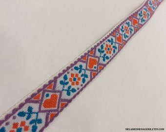 Vintage Embroidered Trim Ribbon / Hippie Chick Design / Scandinavian Hearts / Ribbon with Red Orange Teal Purple Hearts and Daisies