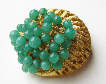 Vintage 60s Gold Jade Green Serpentine Dome Brooch Pin