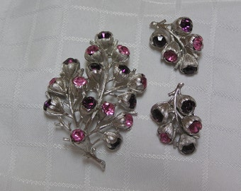 Sarah Coventry Wisteria flower purple and pink rhinestone brooch and clip earrings