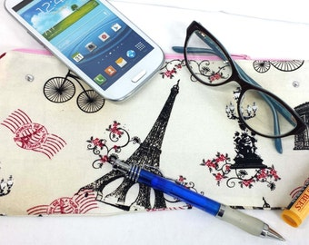 Pink French Parisian Zippered Pouch
