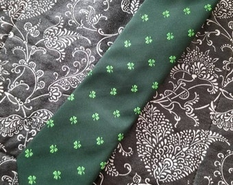 Vintage Hortex Made in Ireland Mens Shamrock Tie Green on Green  Accessory 1980s Saint Patrick's Day