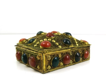 Antique Indian Rope Filigree Box / Brass Trinket box / Colorful Cabochon Stones