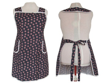 Woman's Plus size Aprons - Red, White, Blue Patriotic Vintage Style Apron - Sizes 2XL only