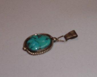 Vintage Native American Navajo Sterling Silver with Lg Turquoise Cab Pendant