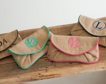 Monogrammed Burlap Clutch - Monogrammed Purse - Burlap Purse - Bridesmaids Gift - Personalized Bag