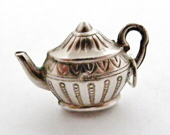 Lovely vintage large hollow sterling silver teapot charm