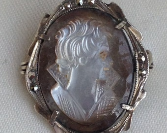 Vintage Art Deco Silver Mother of Pearl Cameo Brooch
