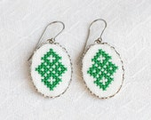 Dangle earrings with green cross stitch ornament e001green