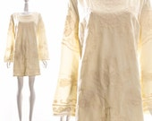 Vintage 60s 70s Cream Embroidered Mini Dress Boho Chic Bohemian Dress Angel Sleeves Bell Sleeves Hippy Hippie Dress Large