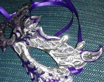 Masquerade Halloween Lacey Filligree Mask