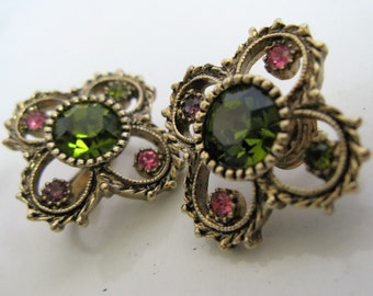 Vintage 1980s Earrings SARAH Coventry Fiesta Green Rhinestone Gold Tone Clip On Earrings
