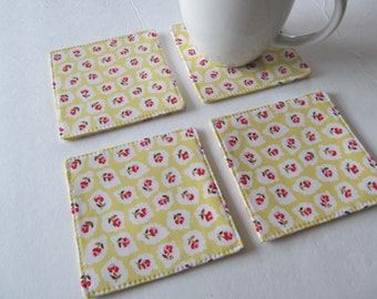 Set Of 4 Fabric Coasters/Rose On Yellow