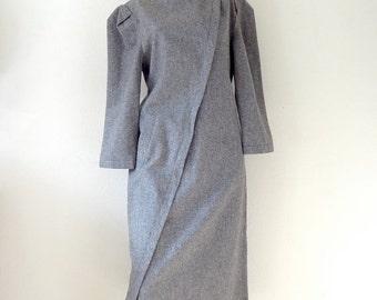 SALE - 1980s Bill Blass Wool Shift Dress / modern love