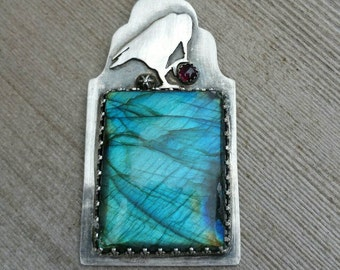 Ravens hollow labradorite and garnet necklace