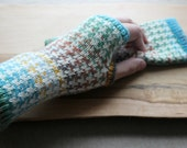 Multicolour Fingerless Gloves Houndstooth Fingerless Mittens Knit Gauntlets Knit Wrist Warmers Blue Green Arm Warmers Fair Isle Crochet