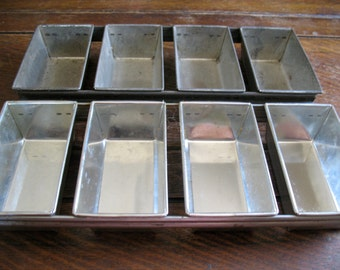 2 professional mini 4-loaf baking pans 3x5.5x2.25 inch strapped