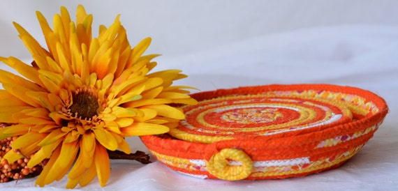 Halloween Fall Coasters, Lovely Decorative Basket and Coaster set, Handmade Candy Dish Bowl with 4 matching Coasters